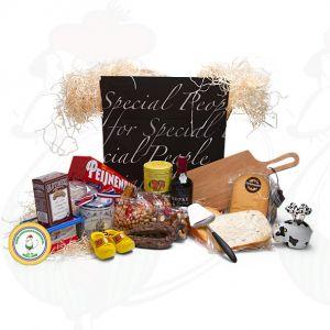Exquisit gefülltes Geschenkpaket - schwarz